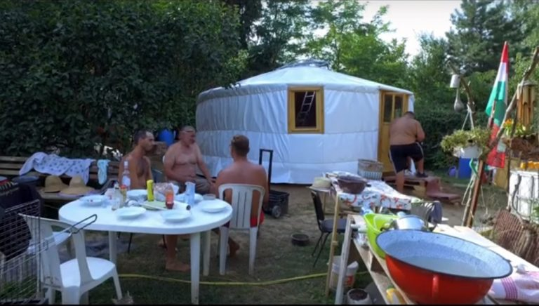Erecting a yurt - watch video