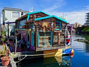 Decorative Houseboat - Tiny Houses